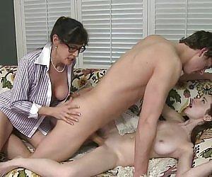 Petite Moms Videos