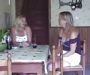 Milf Pussy Eating Videos