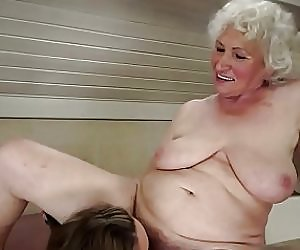 Shaved Mature Pussy Videos