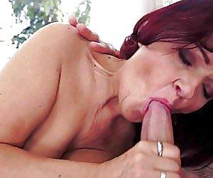Saggy Tits Moms Videos