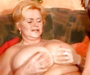 Mature Pussy Licking Videos