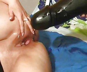 Brunette Moms Videos