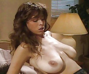 Saggy Tits Milf Videos