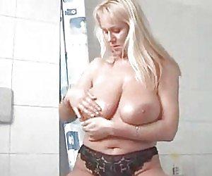 Big Tits Moms Videos