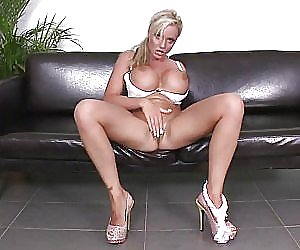 Nude Mature Videos