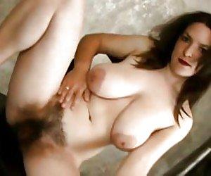 Saggy Tits Milf Videos